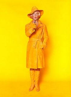 Yellow - Doris Day in The Glass Bottom Boat, Deborah Kerr, Veronica Lake, Gina Lollobrigida, Joan Collins, Jean Harlow, Rita Hayworth, Vintage Hollywood, Classic Hollywood, Glass Bottom Boat