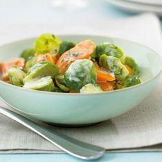 Möhren-Rosenkohl-Gemüse