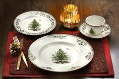 Spode Christmas Tree Gold Collection 4-Piece Place Setting. New for 2013. #christmas #holiday #entertaining