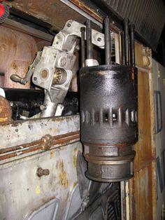 Locomotive Engine, Diesel Locomotive, Diesel Engine, Trains, Engineering, Antiques, Community, Dog, Motors
