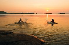 Finnish summer night is very bright. Finland Summer, Summer Nights, Summer Time, Midnight Sun, Places To See, Norway, Sunrise, Nostalgia, Beautiful Places