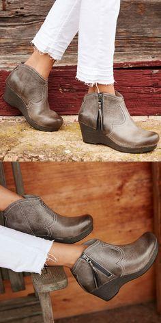 8a493b86025c92  dansko  boots  veronica Stylish and comfy Sock Shoes