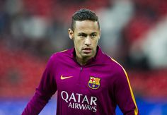 Neymar of FC Barcelola reacts on prior to the start the Copa del Rey Quarter Final First Leg match between Athletic Club and FC Barcelola at San Mames Stadium on January 20, 2016 in Bilbao