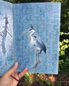 As we talked last year about the miniature paintings of Dina Brodsky, the American artist unveils today herbeautiful sketchbooks. Wandering aroundthe globe