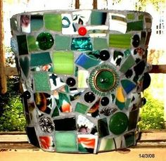 if you are not a painter.. you can decorate a flower pot with just about anything!