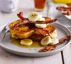 How To Make Brioche French toast with bacon, banana maple syrup This indulgent weekend brunch combines salty bacon with sweet, maple-syrup-soaked … source Flan Dukan, Tostadas, Bbc Good Food Recipes, Yummy Food, Healthy Recipes, Brunch Recipes, Breakfast Recipes, Cafe Recipes, Tofu
