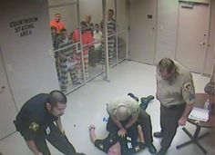 Texas Inmates Broke Out Of A Cell To Save A Jailer From An Apparent Heart...