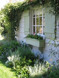 house flower garden 508062401686229499 - instant curb appeal: window boxes (WITH flowers), climbing vines, painted shutters and multipaned windows. Source by Breacadh Garden Types, Diy Garden, Garden Cottage, Dream Garden, Garden Beds, Cottage Living, Cottage Style, Cottage House, Painting Shutters