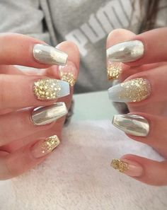 Gold is perfect for any kind lf colors. If you are wanting to bedazzle your nails this Christmas, but in a classy way, take a look at these amazing white and gold nails. Go to your local nail salon, hold up one of these pictures on your phone, and watch the nail magic begin. Nude and gold nails are the perfect combination of classic and trendy. Besides, the variety of ways you can combine the two is limitless.