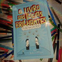 Livro interativo bem divertido da @edvalentina com resenha no #blogeuinsisto . . #livro #interativo #amoler #book #livros #instabook #bookaholic #bookstagram #book📖 #ler #leitura #souleitor #books #booklover #instalivro #📖