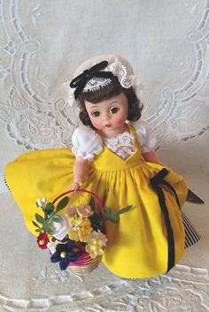 "France Bent Knee 1968 ""French"" 8"" Madame Alexander Vintage Doll #790, HTF, Box & Wrist Tag, Friends from Foreign Lands"