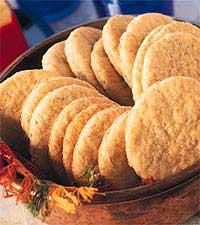 Farmors lätta havrekex - Icakuriren Microwave Caramels, Biscuit Cookies, Fika, Shortbread, No Bake Desserts, Bread Recipes, Good Food, Fun Food, Food And Drink