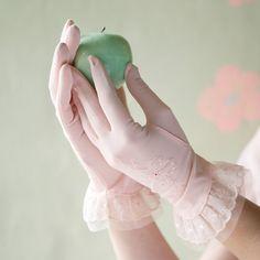 pink ruffles - vintage gloves