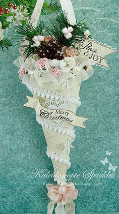 How to Make Victorian-Style Lace Christmas Ornaments, DIY and Crafts, DIY Handmade Lace Victorian Style Christmas Ornament Tutorials. Shabby Chic Christmas Ornaments, Victorian Christmas Decorations, Victorian Crafts, Victorian Christmas Ornaments, 3d Christmas, Vintage Ornaments, Diy Christmas Ornaments, Handmade Christmas, Christmas Mantles