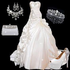 Glamorous Sweetheart Crystal Pick-ups Ball Gown Wedding Dress #BridalDress #BridalGown #BridalOutfit #JewelrySet #WeddingTiara #Wallet #Shoes #Gown #Fashion