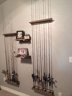 basteln holz Rustic home decor Fishing pole holders built by my husband A Guide To Online Degrees - Fishing Pole Storage, Fishing Pole Holder, Pole Holders, Fishing Poles, Fishing Knots, Ice Fishing, Fishing Pole Decor, Fishing Decorations, Kayak Storage