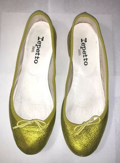 953bca078 Repetto Made in France Metallic Green ballet flats shoes SZ EU 35 US 5  France 36