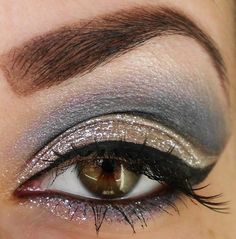 Love metallics. You could make this a great day-to-day look using the NARS Vent Glace eyeshadow duo.
