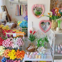 Rainbow Aesthetic, Flower Aesthetic, Aesthetic Style, Image Deco, Pastel Room, Aesthetic Room Decor, Pretty Photos, Dream Decor, Dream Rooms