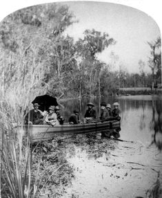 18?? Party in rowboat at Silver Springs - Ocala, Florida