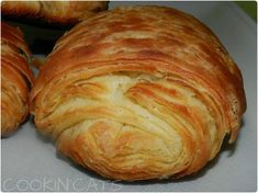 Croissants, Home Baking, Baking Tips, Cheese Danish Braid Recipe, Donuts, Our Daily Bread, Sweet Recipes, Brunch, Bakery