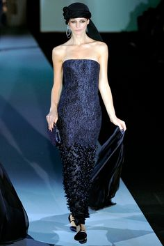 Giorgio Armani Spring 2011 Ready-to-Wear - Collection - Gallery - Style.com