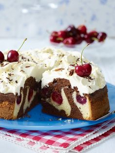 Sunken cherry cake with egg liqueur Torte Cake, Cake & Co, Sweets Cake, Cupcake Cakes, No Bake Desserts, Delicious Desserts, Baking Recipes, Cake Recipes, Austrian Recipes