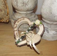Ringkissen Ringhalter Herz für Eheringe Hochzeit Holzherz mit Beschriftung Namen