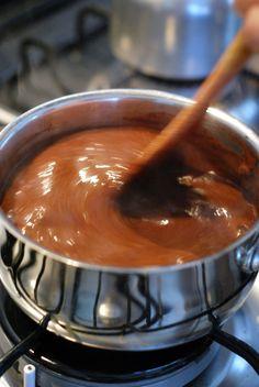 Brigadeiro cozinhar