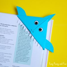 Origami Fish - Origami for Kids Shark Corner BookmarkShark Corner Bookmark Origami Simple, Origami 3d, Origami Fish, Easy Oragami, Origami Paper, Summer Crafts For Kids, Paper Crafts For Kids, Art For Kids, Origami Bookmark Corner