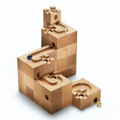 This building block system from Cuboro promotes the mathematical and geometrical imagination in a playful way; for ingenious tinkerers. The route taken by the ball depends entirely on the designer of the marble track.
