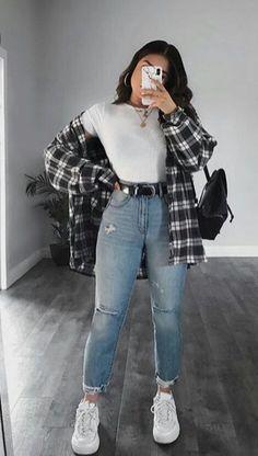 la vita di una semplice ragazza stronza con un passato piuttosto tris… #narrativagenerale # Narrativa generale # amreading # books # wattpad Trendy Fall Outfits, Winter Fashion Outfits, Retro Outfits, Cute Casual Outfits, Simple Outfits, Stylish Outfits, Cute Flannel Outfits, Edgy School Outfits, Flannel Shirt Outfit