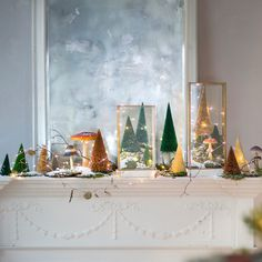 28 Breathtaking Ways to Decorate With Christmas Tree Lights  | PopSugar