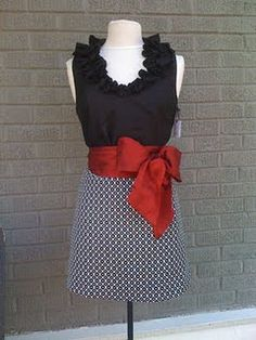 if the bow was yellow, it would be the perfect tailgate dress (: