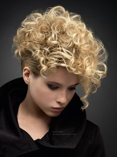 how to style very short curly hair