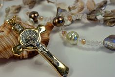 Hey, I found this really awesome Etsy listing at https://www.etsy.com/listing/195393526/wedding-lasso-crafted-with-shell-pearls