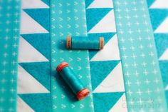 Join #AurifilArtisan Lori Crawley Kennedy at Lori Kennedy at The Inbox Jaunt for her Spring Quilt Along! Today she is walking you through the process of stabilizing the quilt sandwich prior to starting your free motion quilting. Lori is using Aurifil 80wt thread in the top and in the bobbin.  For more details, please visit: http://theinboxjaunt.com/2017/05/16/spring-quilt-a-long-the-all-important-stabilizing-step/  For all the Spring Quilt Along posts, please visit…
