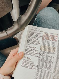 Bible Study Notebook, Bible Study Journal, New Bible, Bible Art, Bibel Journal, Bible Doodling, Jesus Is Life, Journaling, Bible Notes