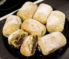 Saccottini al cioccolato eli suklaataskuja Bread, Food, Kite, Brot, Essen, Baking, Meals, Breads, Buns