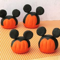 Mickey Mouse pumpkins jillianwhitaker