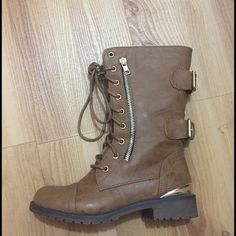 Light brown combat boots Combat boots with a gold heel Shoes Combat & Moto Boots