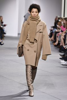 At the fall 2017 Michael Kors show, there was one standout accessory that might inspire a new styling trick from fashion girls everywhere.