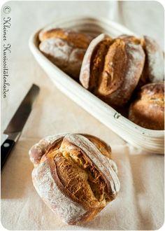 Guten-Morgen-Dinkelbrötchen - Guten-Morgen-Dinkelbrötchen Imágenes efectivas que le proporcionamos sobre decorating coffee table - Savoury Baking, Healthy Baking, Bread Baking, Bread Recipes, Baking Recipes, Cake Recipes, Bread Starter, Pampered Chef, Food Blogs