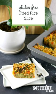 Gluten Free Fried Rice Slice Recipe - Taking all the flavour of fried rice and turning it into a delicious work lunch idea and lunchbox recipe, this baked fried rice recipe is full of vegetables and can be customised to suit your tastes. Lunch Box Recipes, Veggie Recipes, Healthy Recipes, Veggie Meals, Free Recipes, Healthy Lunches For Work, Clean Eating, Healthy Eating, Frozen Meals