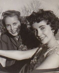 Elizabeth Taylor - With Janet Leigh