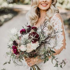 В этот день важно выглядеть безупречно 👑 Все в образе невесты должно быть выдержано и изысканно 🤩 Но самое главное в торжестве - это ПЛАТЬЕ 👰🏼✨ От него невозможно отвести взгляд 😍 Особенно, если это платье TM Pronovias - TIBET  Cалон #FashionBride г.Одесса ул.Греческая 12, тел. (048)7064404 #ВечерниеплатьяОдесса #СвадебноеплатьеОдесса #СвадебныеплатьяОдесса #СвадебныесалоныОдесса #ВечерниеобразыОдесса #Одесса2018 #Выпускной2019 Pronovias Wedding Dress, Wedding Dresses, Dream Wedding, Floral Wreath, Bouquet, Wreaths, Home Decor, Ideas, Flowers