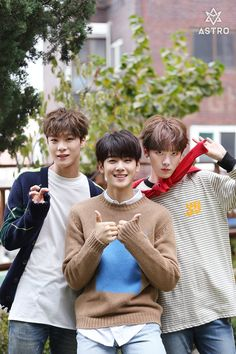 [09.12.16] Astro official Fancafe - MoonBin, EunWoo e SanHa