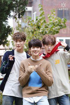[09.12.16] Astro official Fancafe - MoonBin, EunWoo e SanHa