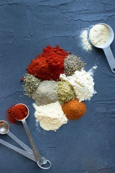 Blackened Seasoning is a homemade version of the classic Cajun spice mix and tastes great on everything from chicken and salmon to potatoes or steak. Seasoning For Fish, Vegetable Seasoning, Seasoning Mixes, Cajun Spice Mix, Spice Mixes, Spice Blends, Homemade Spices, Homemade Seasonings, Kitchen