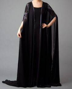 Abaya is the most unmistakable dress style in Muslim ladies wear. Here are Latest Black Plain Abaya-Gown Designs Collection For Women. Abaya Designs, Mehndi Designs, Abaya Dubai, Abaya Fashion, Modest Fashion, Fashion Outfits, Dubai Fashion, Fashion Ideas, Abaya Style
